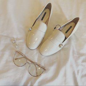 Zara Cream Pearl Loafers (SZ 36)